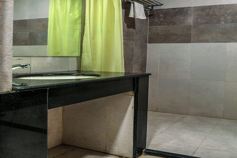 Pokój dwuosobowy z 1 lub 2 łóżkami, standardowy, Łóżko pojedyncze, dla palących - Łazienka