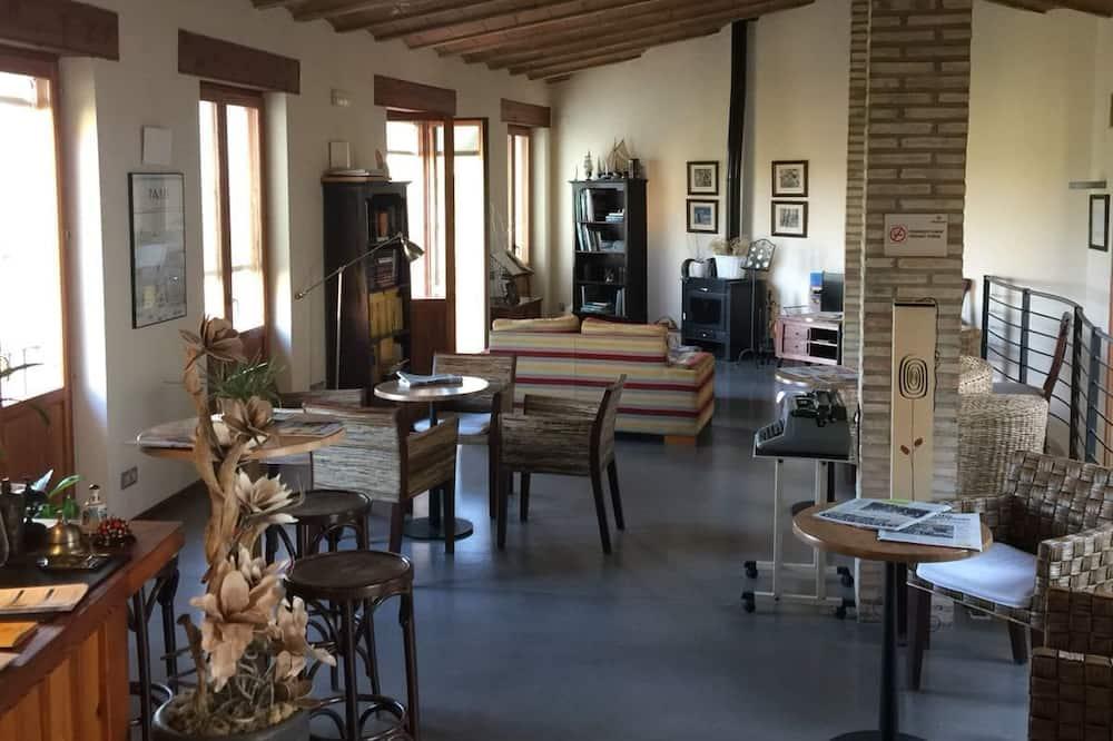 Hotel Muralleta, Riba-roja de Turia