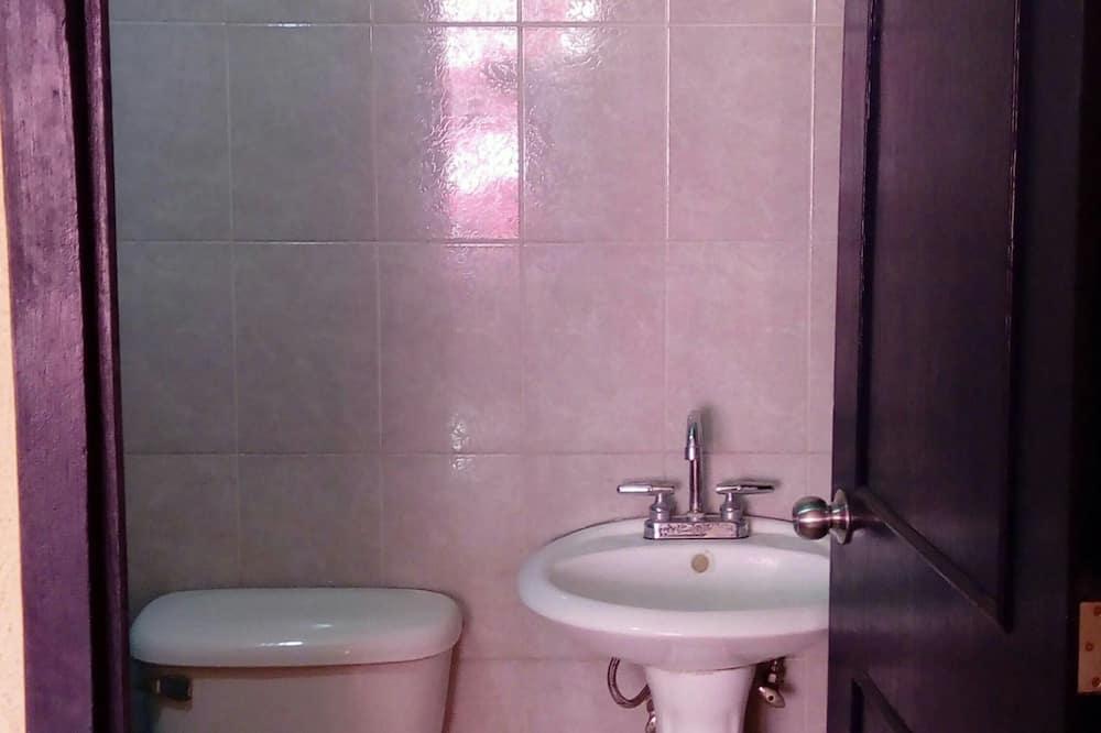 Pokoj typu Executive, dvojlůžko (200 cm), nekuřácký - Koupelna
