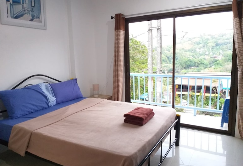 Kamala Studio Apartments By PSA, Patong, Quadruple Room, Balcony, Mountain View, Guest Room