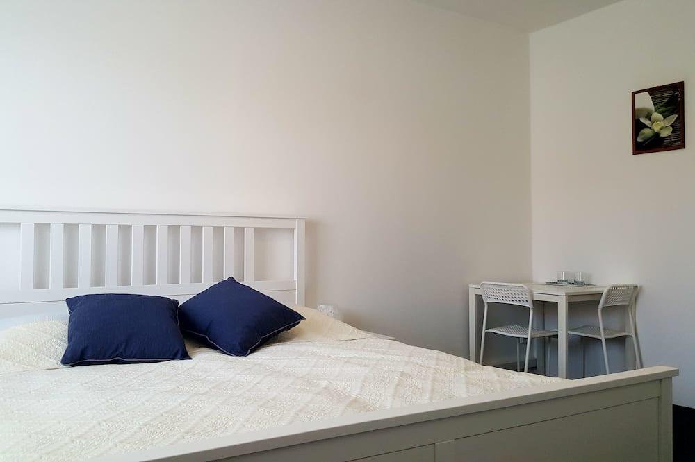 Gazdaságos szoba kétszemélyes ággyal, közös fürdőszoba - Vendégszoba