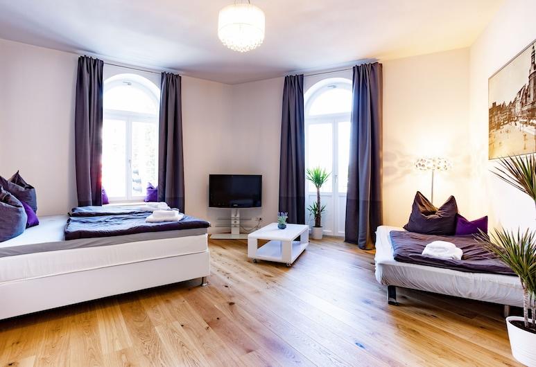 Apartments an der Arena Leipzig, Leipzig, Familienapartment, Wohnzimmer