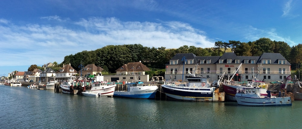 Book Ibis Bayeux Port En Bessin In PortenBessinHuppain Hotelscom - Location port en bessin