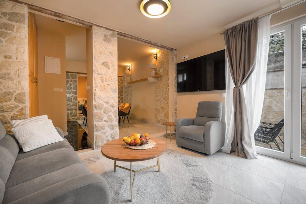 獨棟房屋, 2 間臥室, 露台, 附屬建築 - 客廳