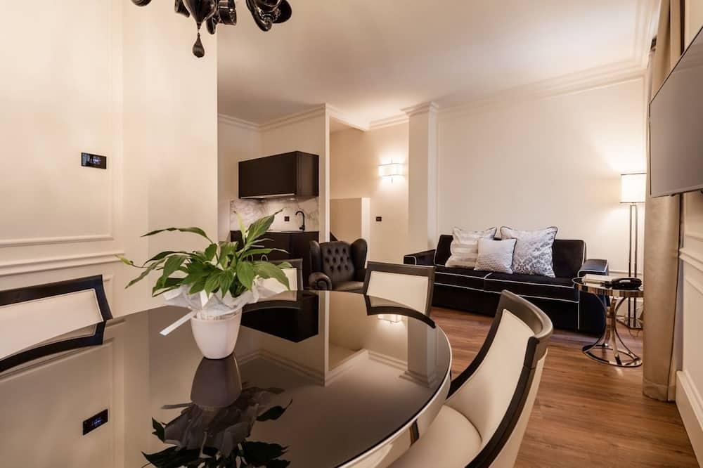 Apartamento Deluxe, Edifício anexo (Split Level 5 pax - Stradone Provolo 3 - edifício separado) - Área de Estar