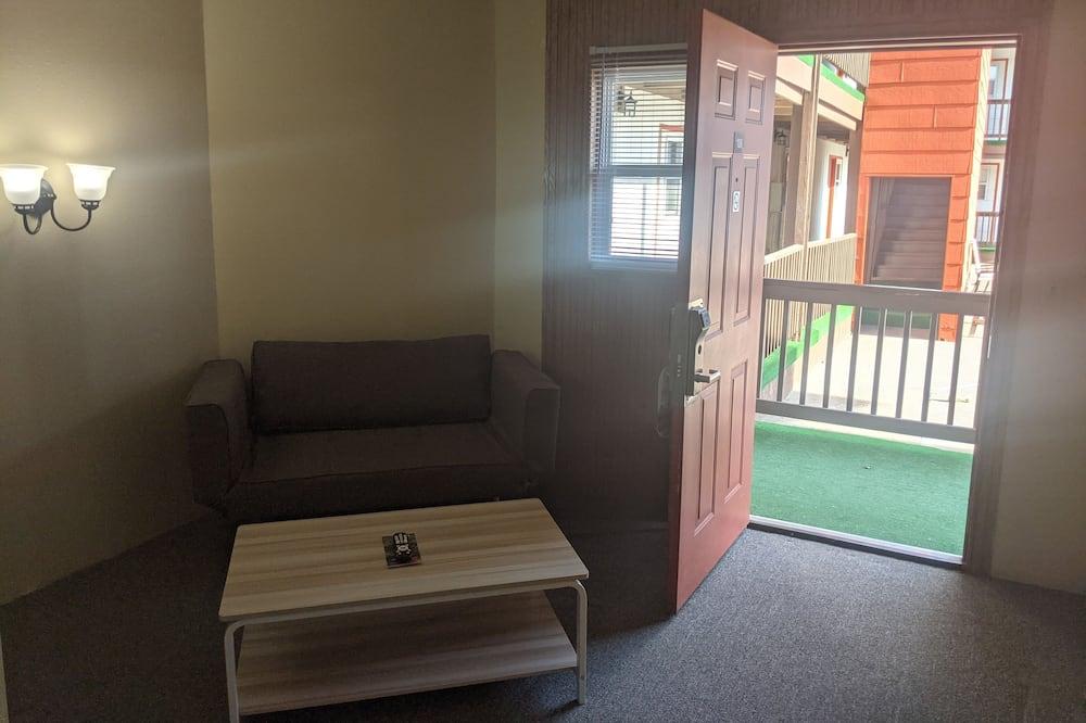 غرفة ديلوكس - سرير كبير - منطقة المعيشة