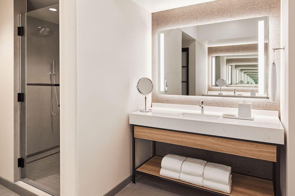 Apartmán typu Executive, 1 spálňa, nefajčiarska izba, výhľad na mesto - Kúpeľňa