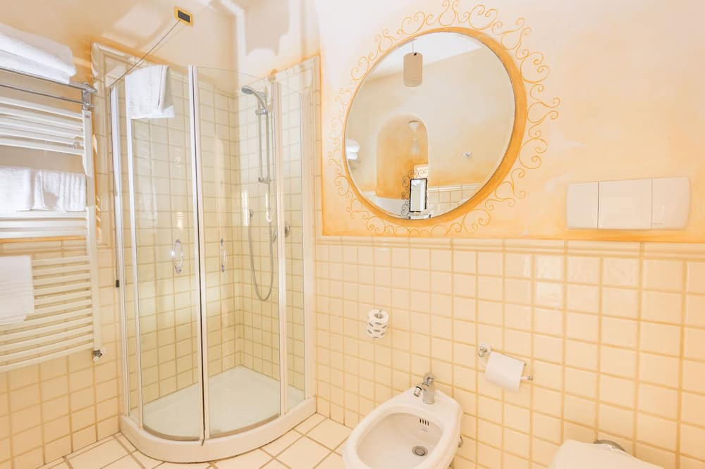 雙人或雙床房 - 浴室淋浴間