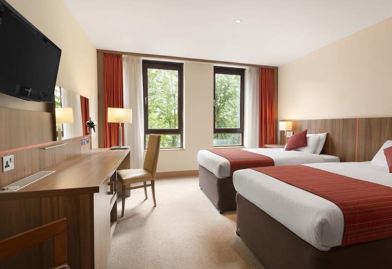 Ramada by Wyndham Hounslow - Heathrow East, Hounslow, Dvivietis kambarys (2 viengulės lovos), Svečių kambarys