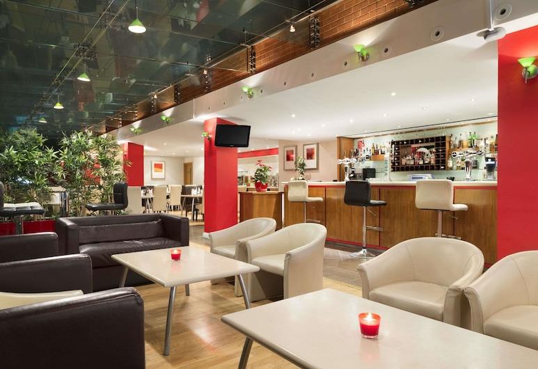 Ramada by Wyndham Hounslow - Heathrow East, Hounslow, Restoran
