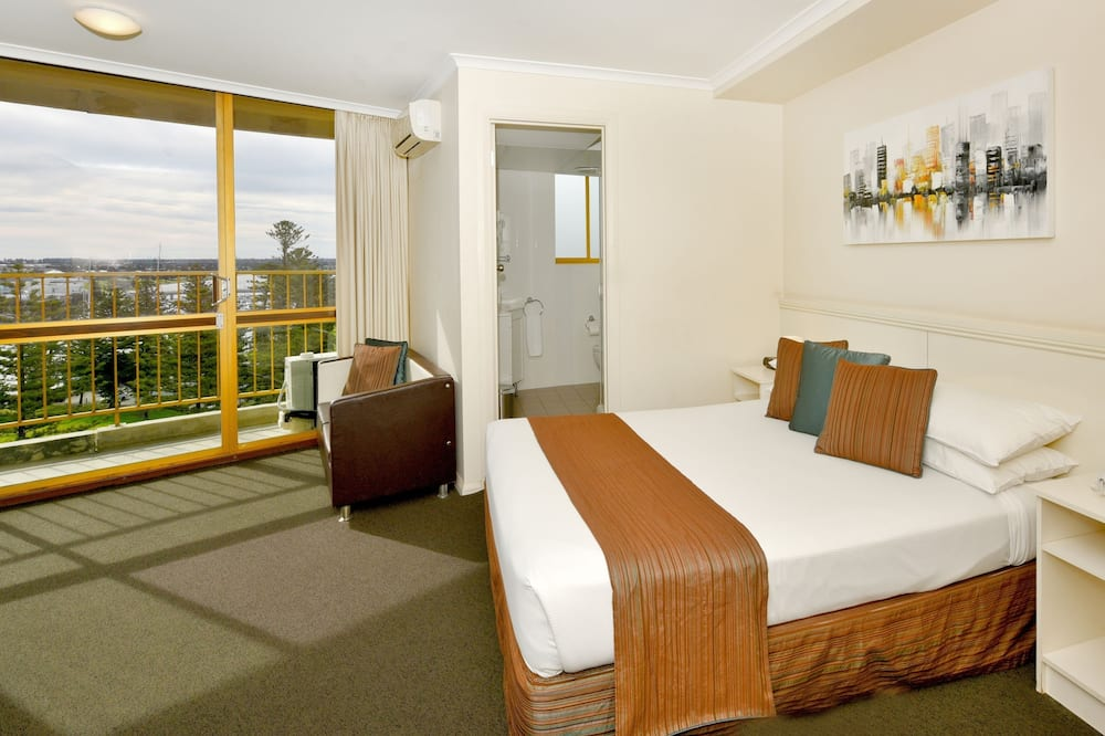 9th to 11th floor Tower Room with Balcony - Guest Room