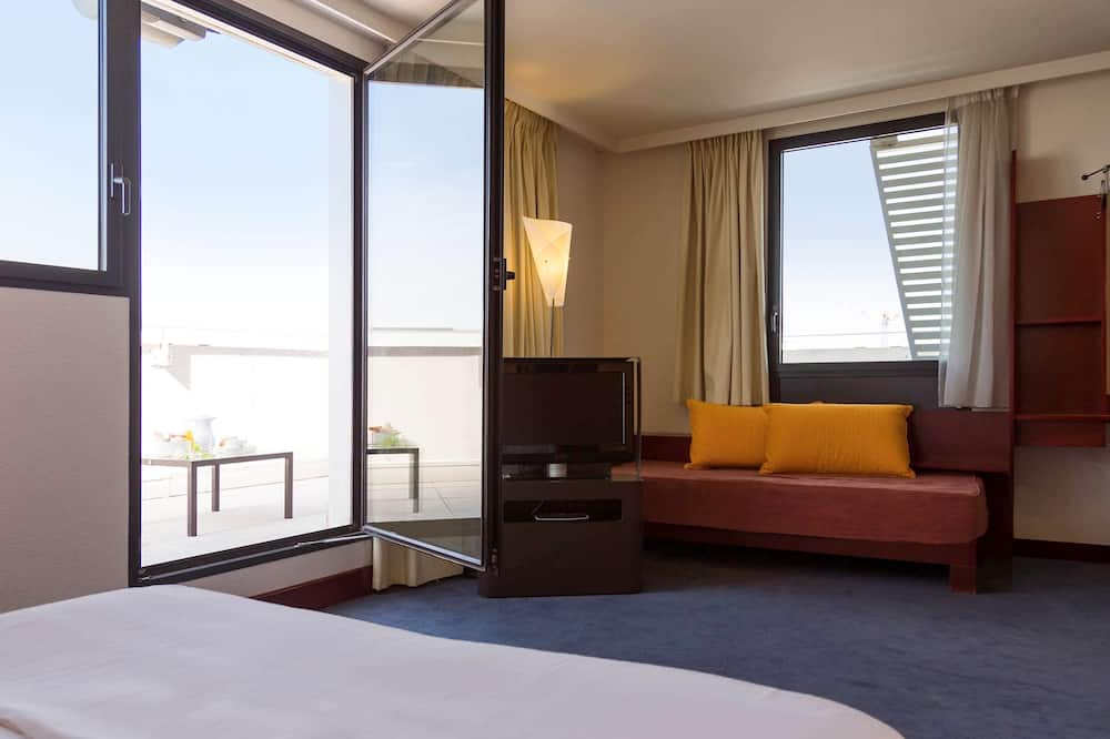 Superior Suite, Multiple Beds, Balcony - Guest Room