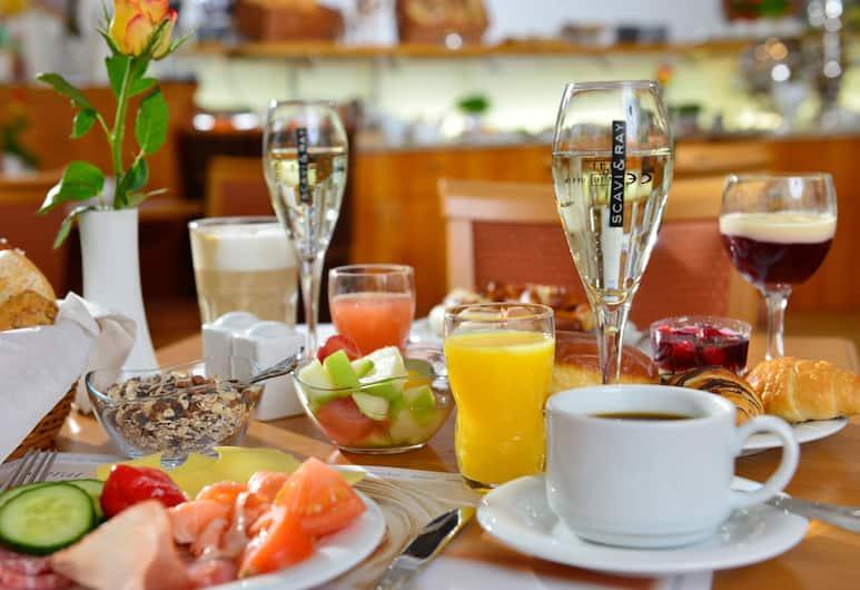 hotelmüller München, Munich, Breakfast Area