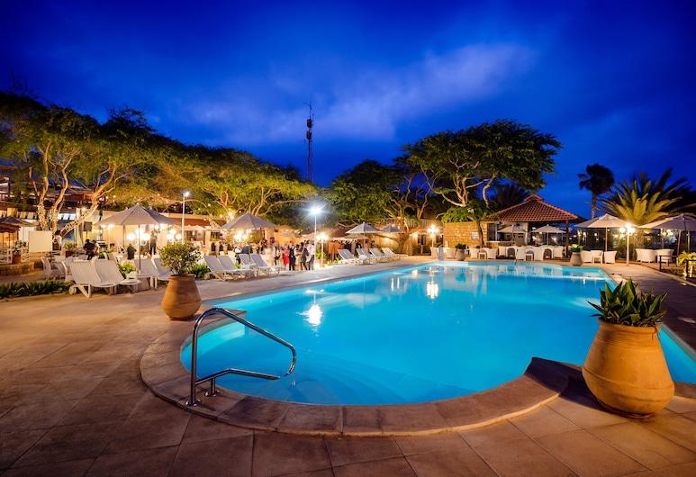 默拉貝薩酒店, 薩爾, 泳池