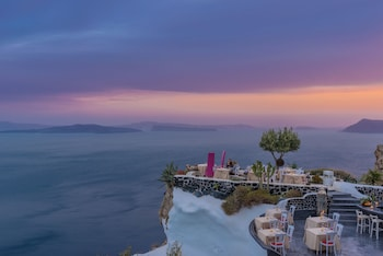 Picture of Andronis Luxury Suites in Santorini Island