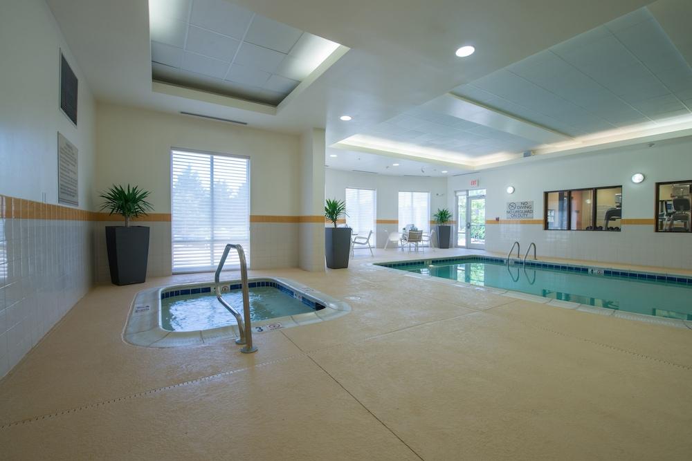 hilton garden inn lynchburg lynchburg indoor spa tub - Hilton Garden Inn Lynchburg Va