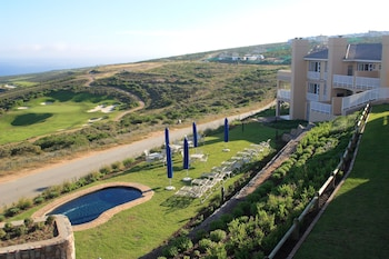 Enter your dates for our Mossel Bay last minute prices