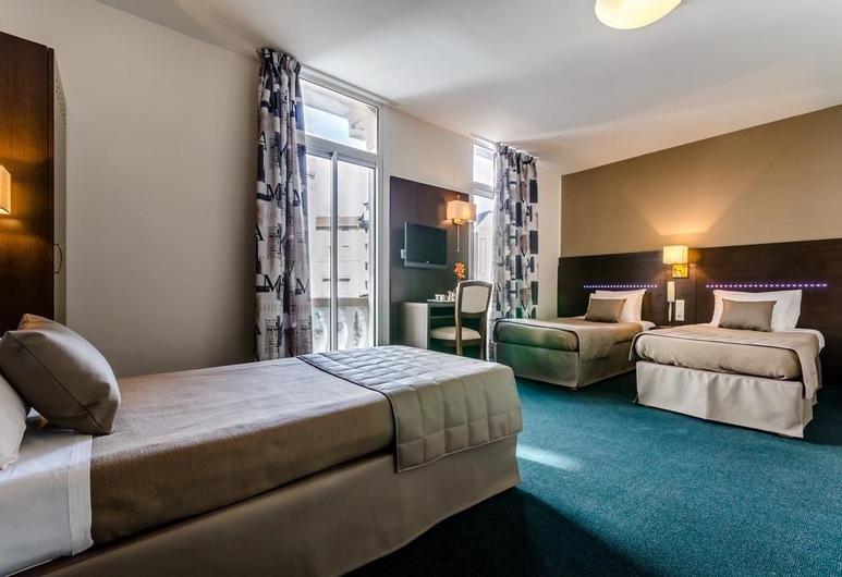 Hotel Croix des Bretons, Lourdes, Double Room, Oda