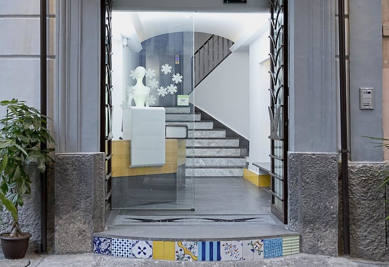 Hotel Airone, Naples, Vchod do hotela