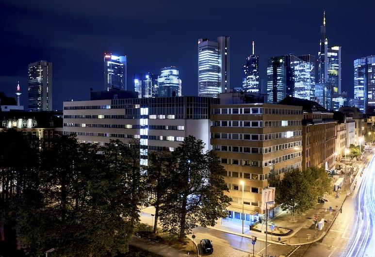 Roomers, Frankfurt, Havadan Görünüm