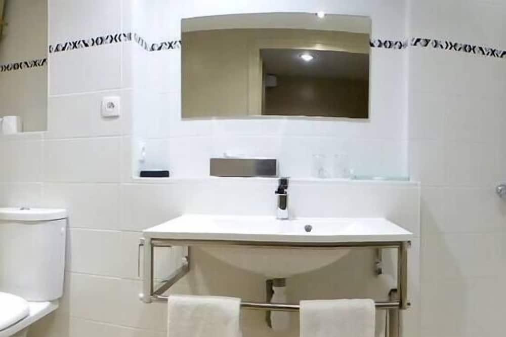 Double Room, Park View - Bilik mandi