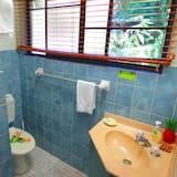 Quarto Individual Básico - Casa de banho