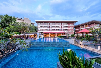 Picture of Peach Blossom Resort in Karon