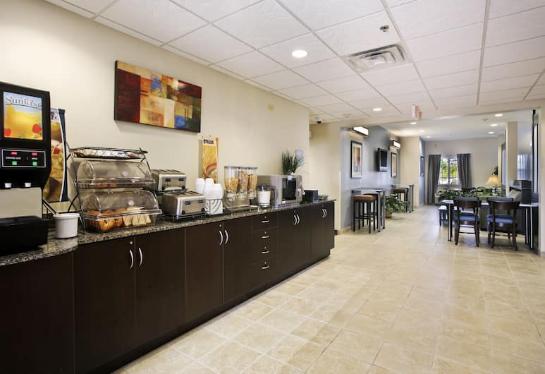 Microtel Inn & Suites by Wyndham Baton Rouge Airport, Baton Rouge, Breakfast Area