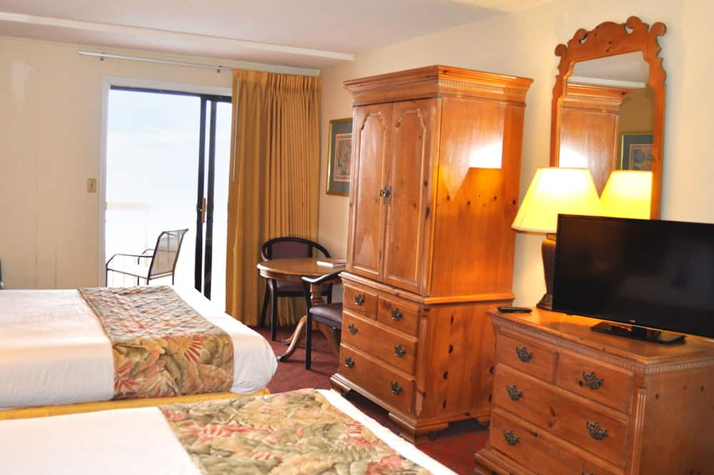 Paaugstināta komforta numurs, 2 divguļamās karalienes gultas (Deluxe, 2 Queen Beds, Kitchenette) - Viesu numurs