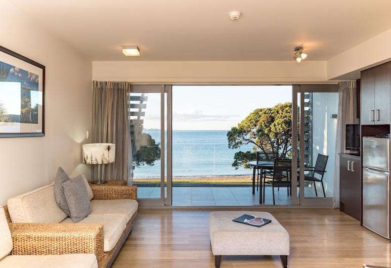 Sea Spray Suites - Heritage Collection, Paihia, Premium Room, 1 Bedroom, Living Area