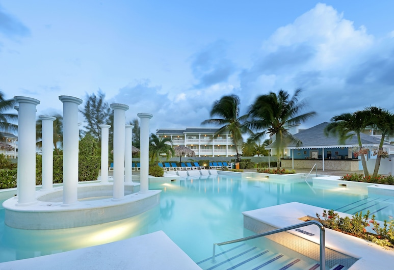 Grand Palladium Lady Hamilton Resort & Spa All Inclusive, Lucea, Outdoor Pool