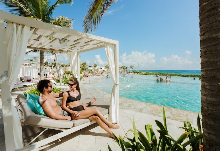 TRS Yucatan Hotel - Adults Only - All Inclusive, Kantenah, Bar en la playa