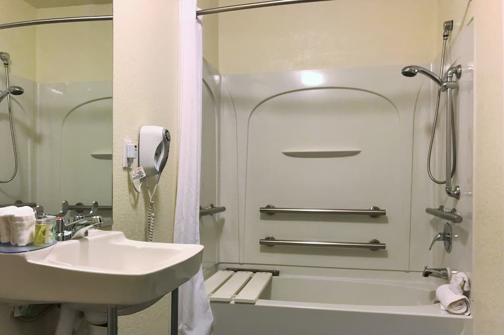 Studio King with Accessible Features - Bathroom