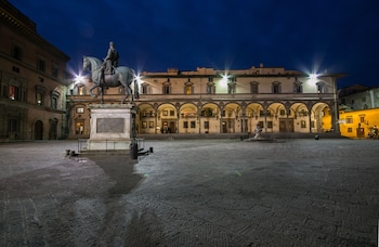 Φωτογραφία του Loggiato dei Serviti, Φλωρεντία