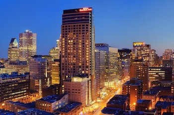 Choose This Business Hotel in Montreal -  - Online Room Reservations