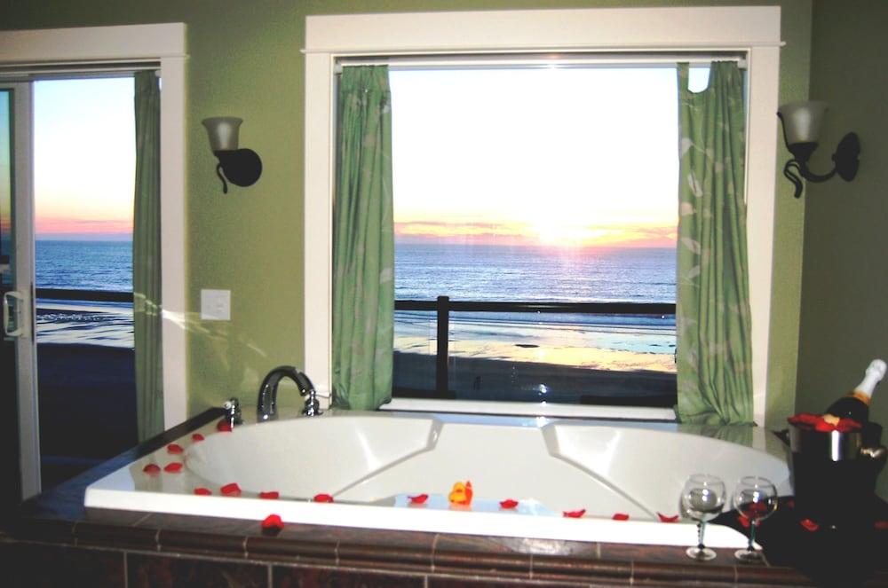 Book Starfish Manor Oceanfront Hotel Lincoln City Oregon