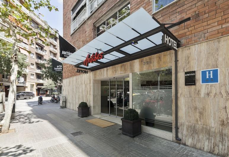 Acta Antibes, Barcelona, Hotelfassade