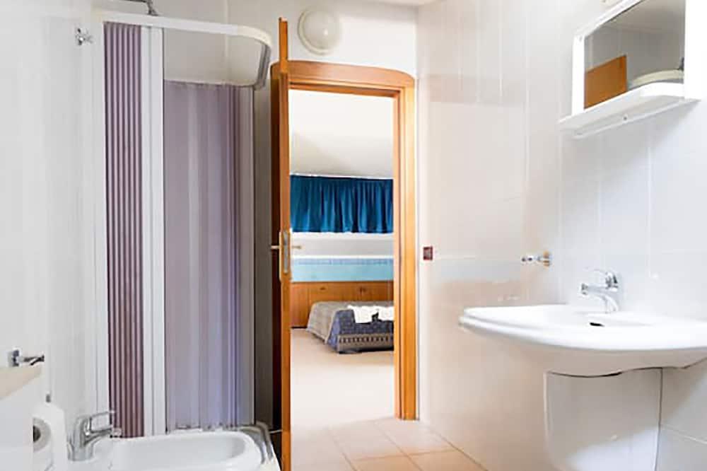 Værelse til 4 personer - Badeværelse
