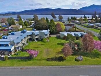 Picture of Explorer Motel & Apartments in Te Anau