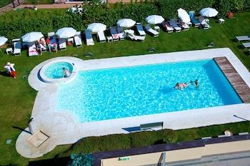 Hình ảnh Enjoy Garda Hotel tại Peschiera del Garda