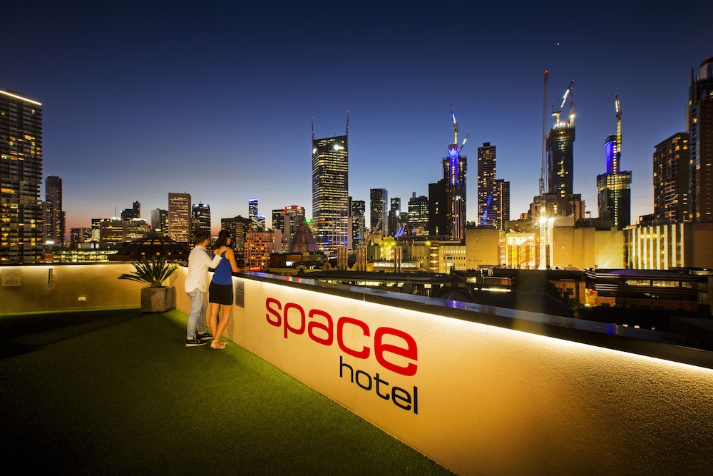 Space Hotel Hostel Melbourne Australia from