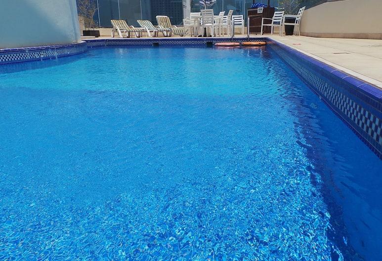 XCLUSIVE Hotel Apartments, Dubai, Pool