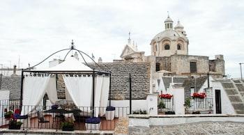 Introduce las fechas para ver los descuentos de hoteles en Locorotondo
