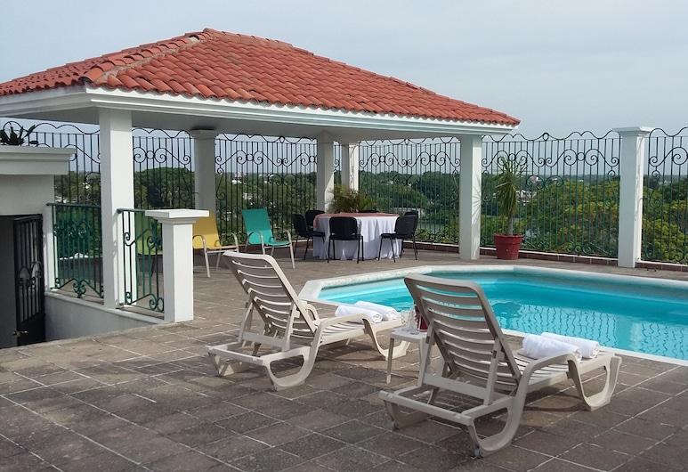 Hotel & Suites Real del Lago, Villahermosa, Piscina en la azotea