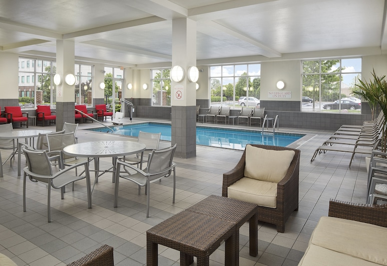 DoubleTree by Hilton Chicago Midway Airport, Chicago, Pool