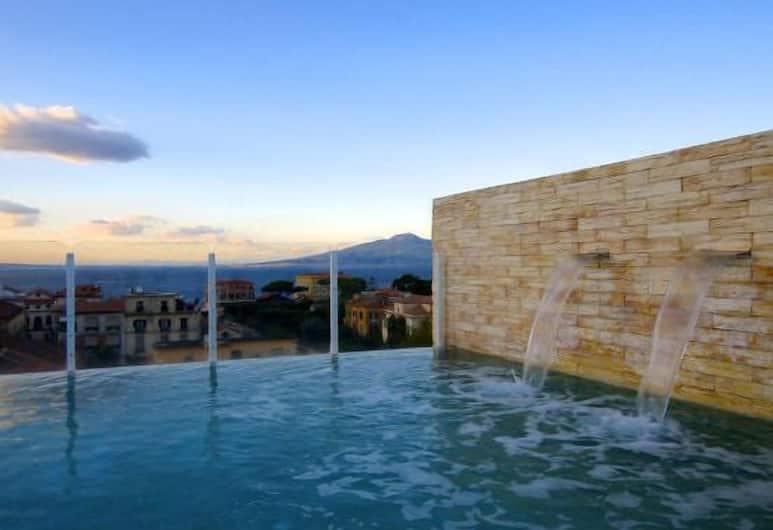 Hotel Plaza, Sorrento, Outdoor Pool