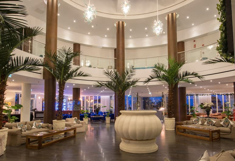 Monte da Quinta Resort, Almancil, Puhkeala fuajees
