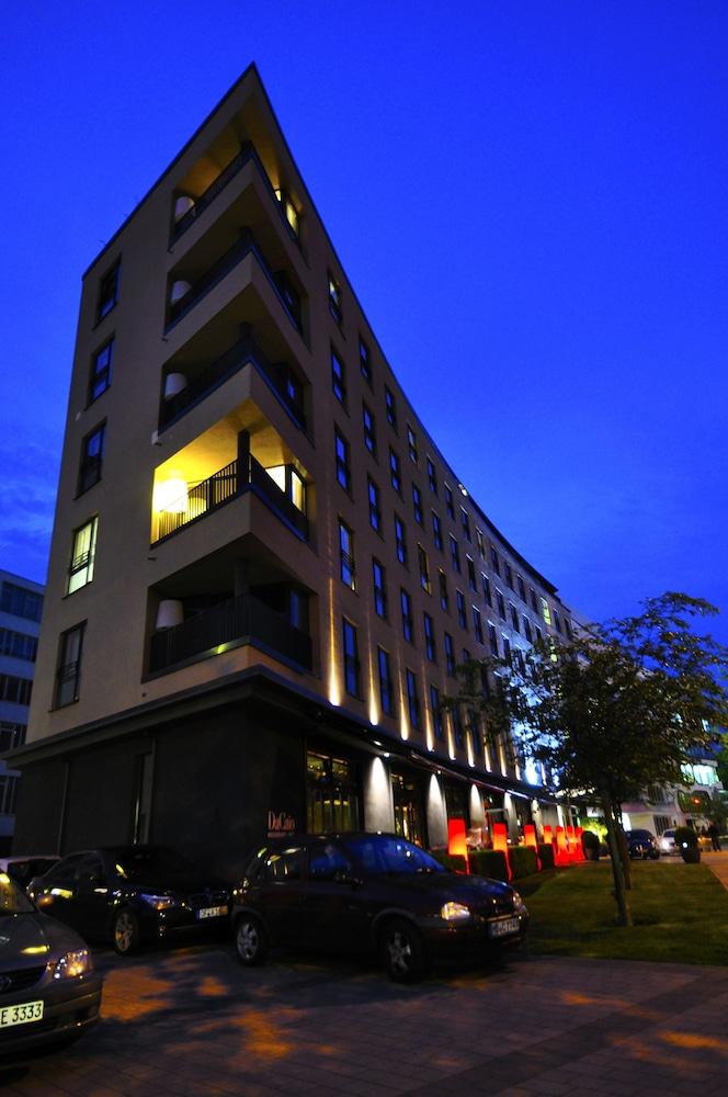 The George Hotel, Hamburg