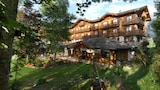 Book this Parking available Hotel in La Clusaz