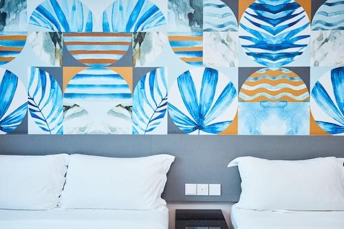 新加坡藍寶石宜必思快捷酒店